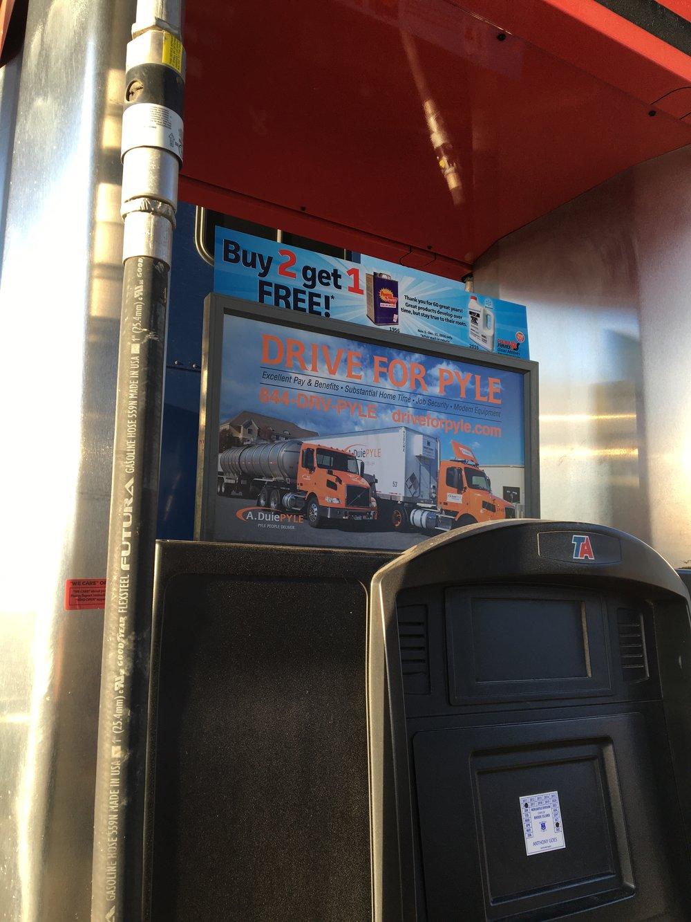 Pump Topper Ad