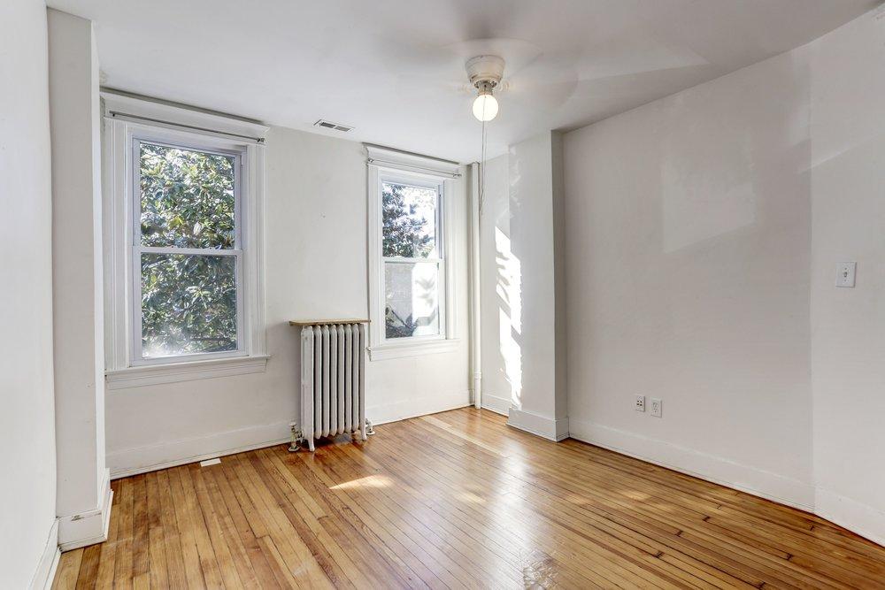 D - Bedroom.jpg