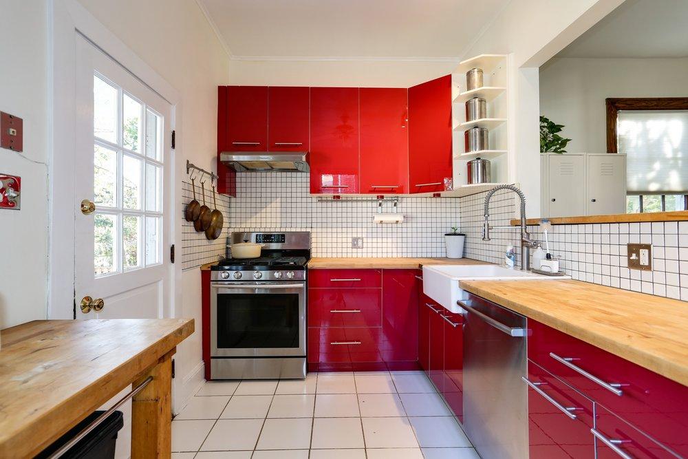 C - Kitchen.jpg