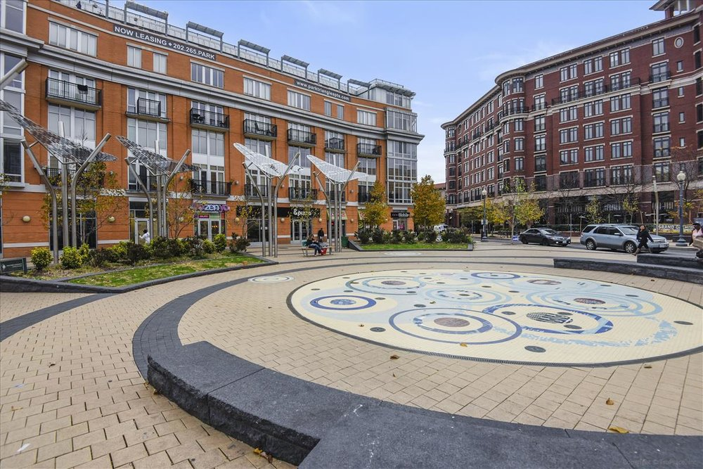 Amenity-Columbia Heights Plaza-DSC0888.JPG
