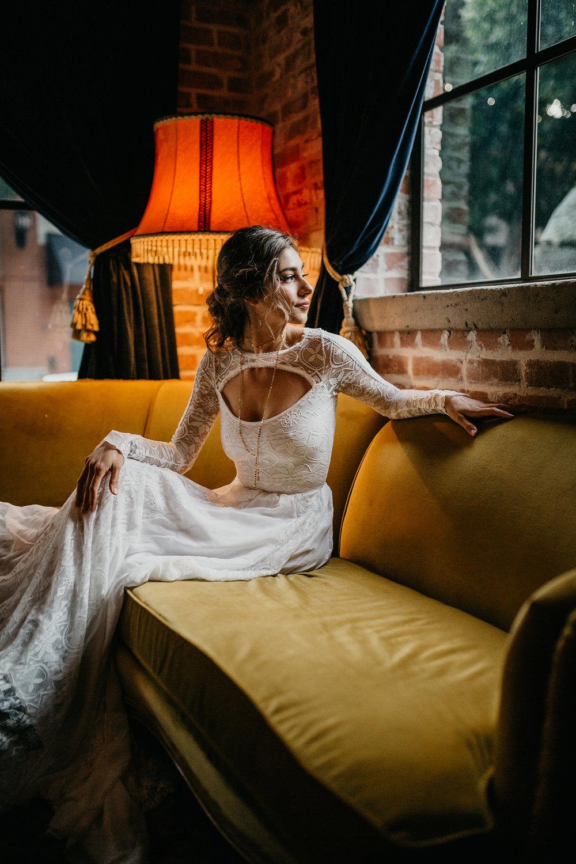 Heidi Toevs / Phil Chester 02 / Moody Bridal Vibes