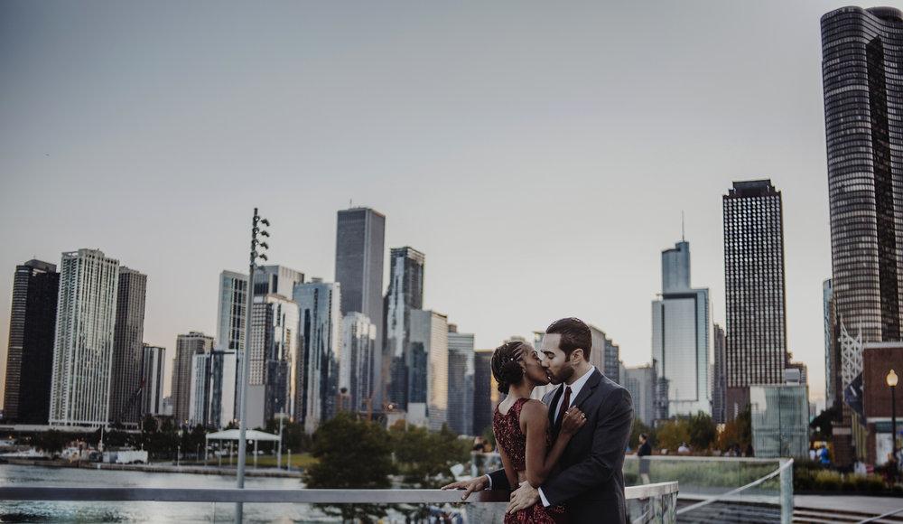 Rebecca Crawford // Custom Preset // Chicago Engagement // @baremomentsphoto
