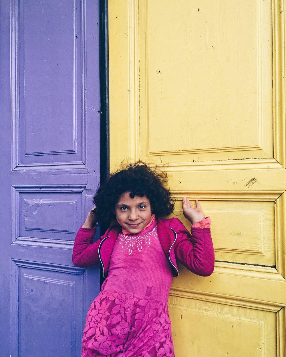 Photogenic girl - colorful
