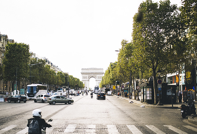 Champs-Elysee.jpg