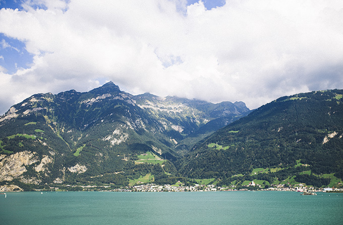 Lakes-in-Switzerland.jpg