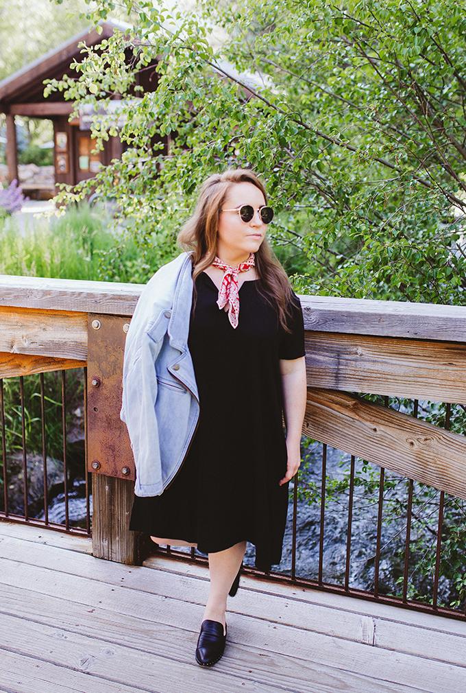 simple-black-outfit.jpg