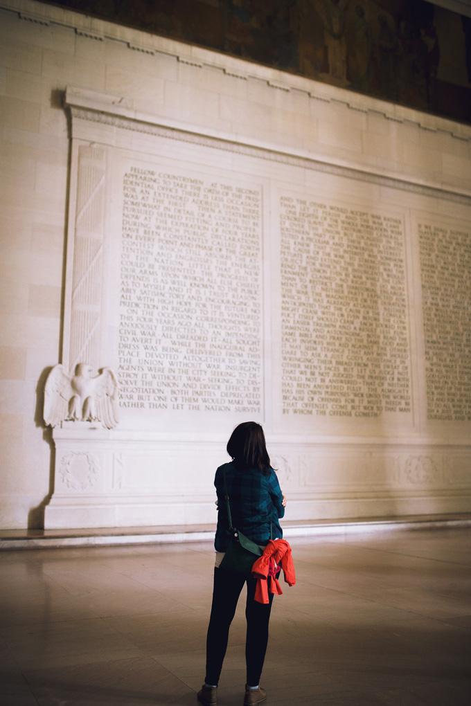 Inside-Lincoln-Memorial.jpg