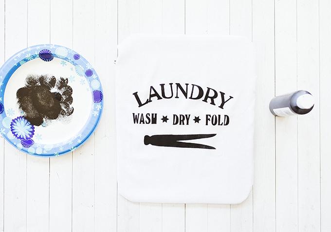 DIY-Vintage-Laundry-Bag.jpg