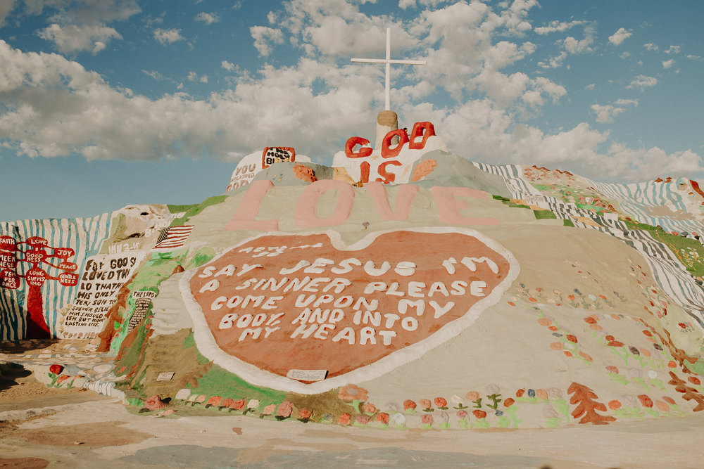 Salvation-Mountain-California-8.jpg