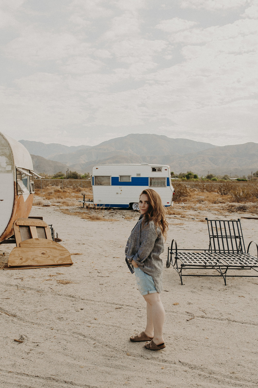 Palm-Springs-Airbnb-Airstream-17.jpg