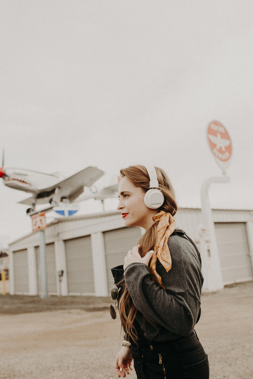 Noise-Cancelling-Sudio-Headphones-Review.jpg