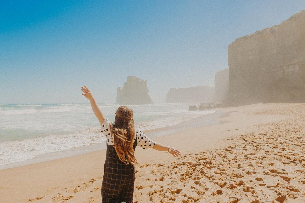 great-ocean-road-australia-twelve-apostles-5.jpg