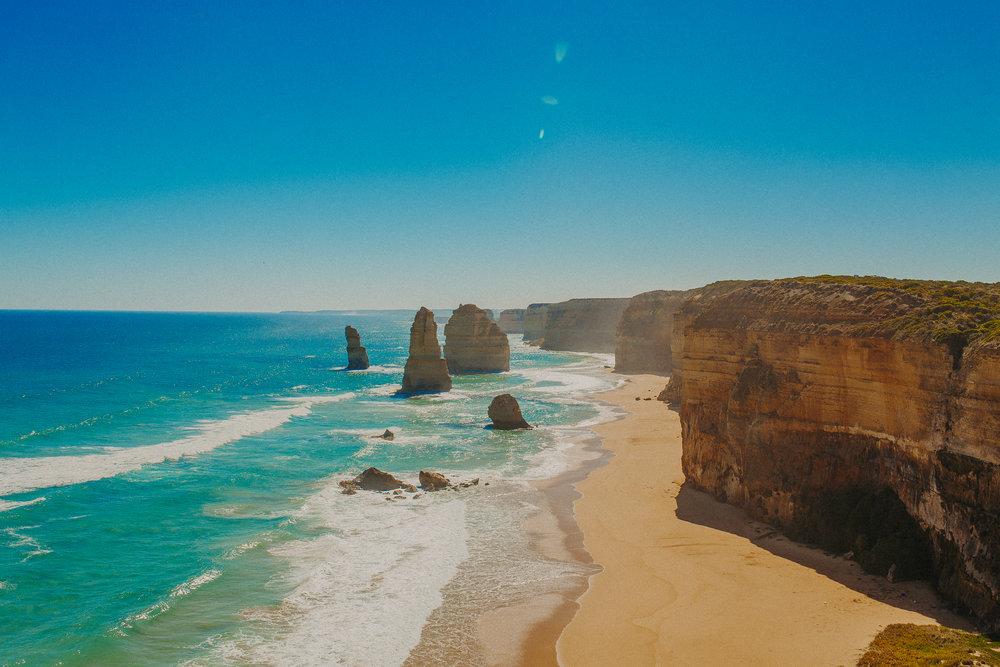 great-ocean-road-australia-twelve-apostles-13.jpg
