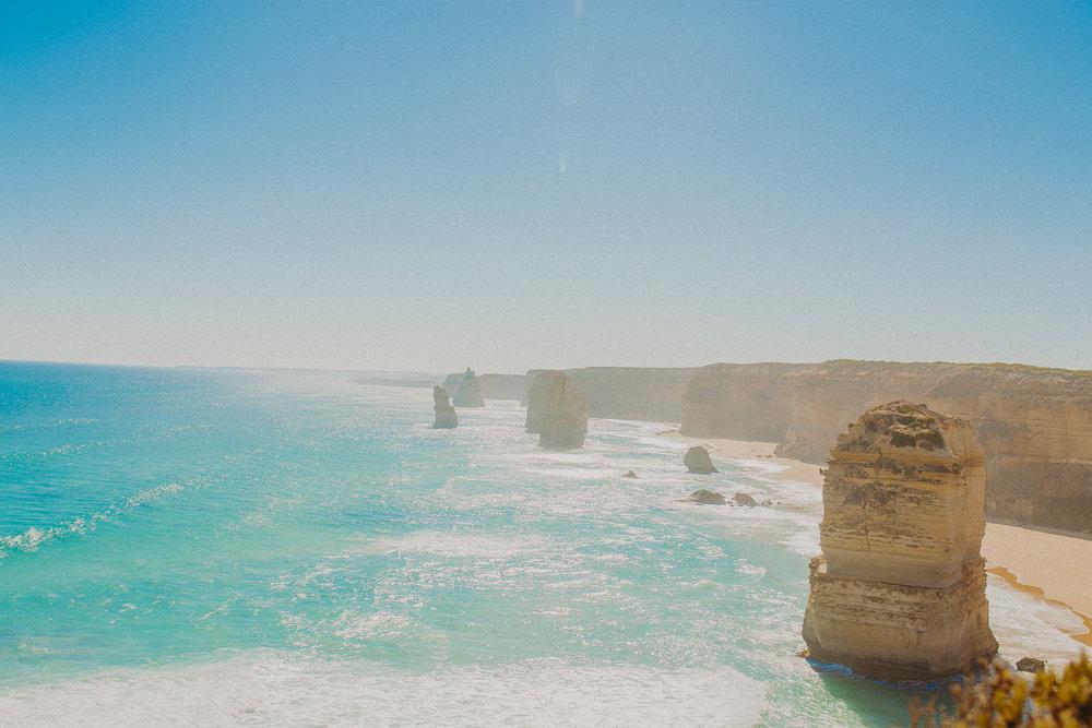great-ocean-road-australia-twelve-apostles-15.jpg