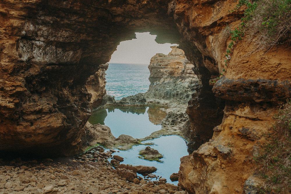 great-ocean-road-australia-twelve-apostles-25.jpg