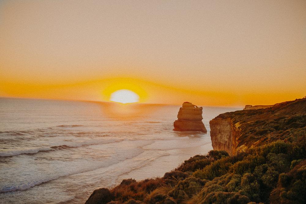 great-ocean-road-australia-twelve-apostles-28.jpg