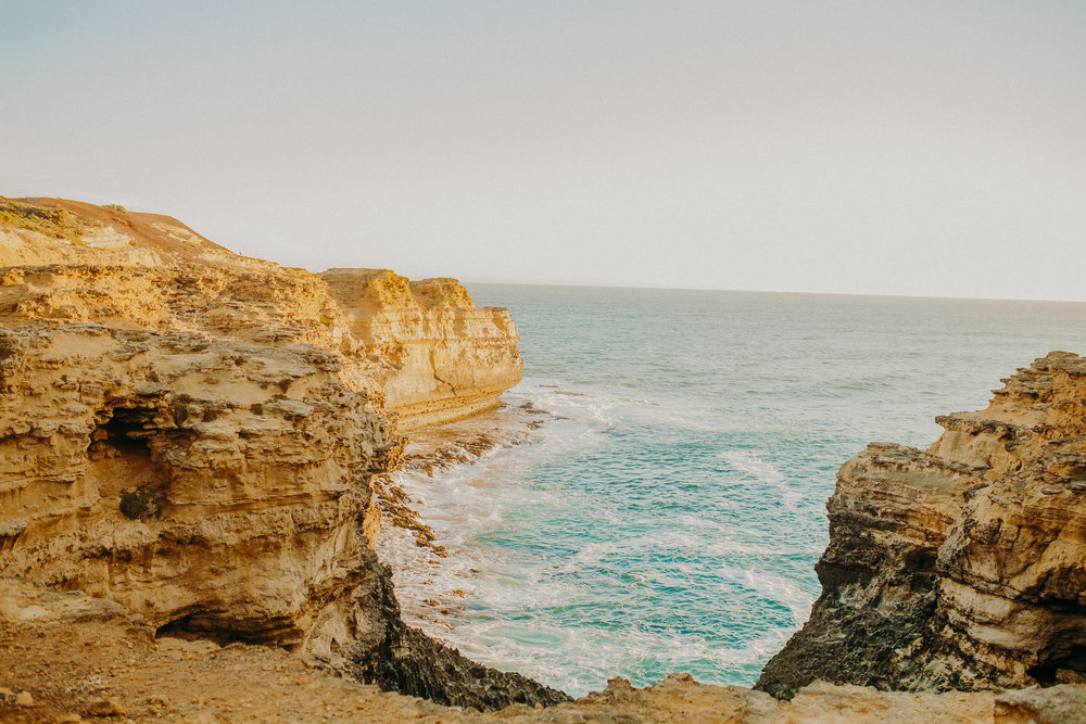great-ocean-road-road-tripping-australia-2.jpg