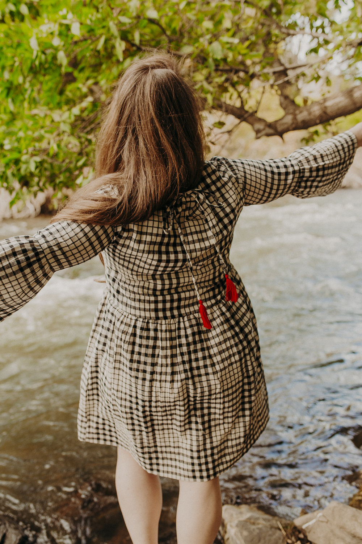 downeast-fall-fashion-gingham-dress-11.jpg