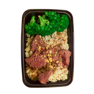 Kung Pao BeefTenderloin tips sautéed in our house made kung pao sauce on a bed of brown jasmine rice served with broccoli and topped with green onions and peanuts.$8.99 M, $11.99 L GF / CC / DF - M 428 Calories | 31 g Protein | 37 g Carbs | 14 g FatL 628 Calories | 47 g Protein | 43 g Carbs | 24 g Fat