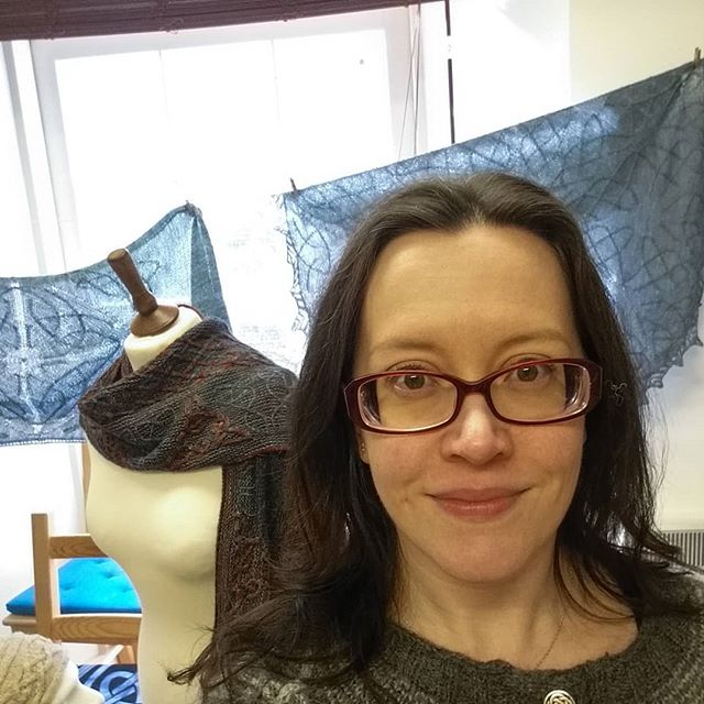 Thank you so much to everyone who came to see me at @kathysknits this week! It was a joy to meet so many knitters from all over the world, and to be able to take the time to chat with each of you. I will be at the EYF MAKE::WOOL event tomorrow (probably wearing my almost-finished Kells cardigan mod - if it isn't too hot!), so please say hi if you see me! #eyf2019 #eyfmakewool