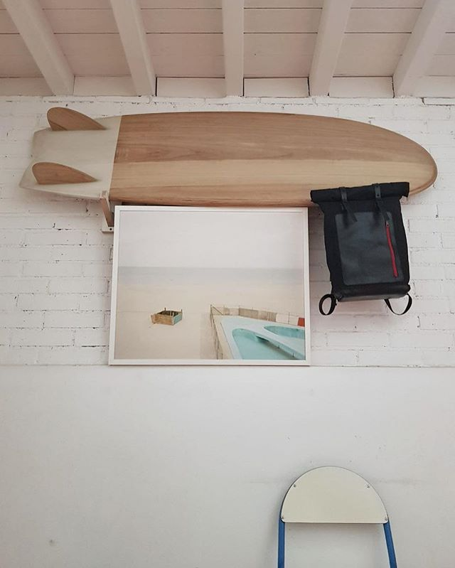 Great sunday mood with the ingredients of the upcoming week! Got a print from my work @pietromotisi_photography for a group exhibition, bit of sliding in my beloved @settembre_surf and new backpacks to craft! . . #disappearstyle #cool #surf #surfstyle #surfboard #singlefin #yellow #settembresurf #surfer #summerkills #lifestyle #leatherman  #crafter #leathergoods #leathercrafts #fashionstyle #surfinmediterranean #minisimmons #waldenbackpack #walden #totalblack #fineartphotography #mediumformatphotography #mediumformatfilm #sundaymood
