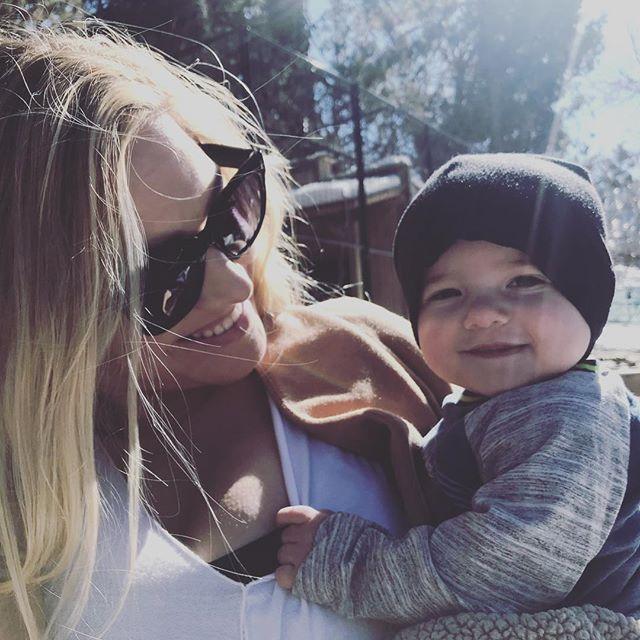 Life with my beautiful family be like ✊🇺🇸 #america outdoors love it and live it 🤗 #enjoythemoments #bigbearlake