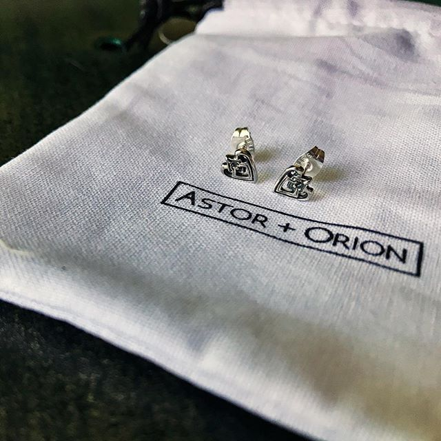Okay, I'm no product photographer but I had to capture these beauties I just got from a client I just finished up with @astor_orion. — It was so great helping them tell their story in a way that help express the true value behind these guys. — And then when I finally got them in the mail? Magic! — I'm so excited to get to wear these. I don't wear earrings much - actually, I haven't worn them in years - but I'm excited about these for sure. — Check them out: @astor_orion they just launched their product line! — And if you're looking for a copywriter for your website or need help clarifying your brand message, let's chat 😉
