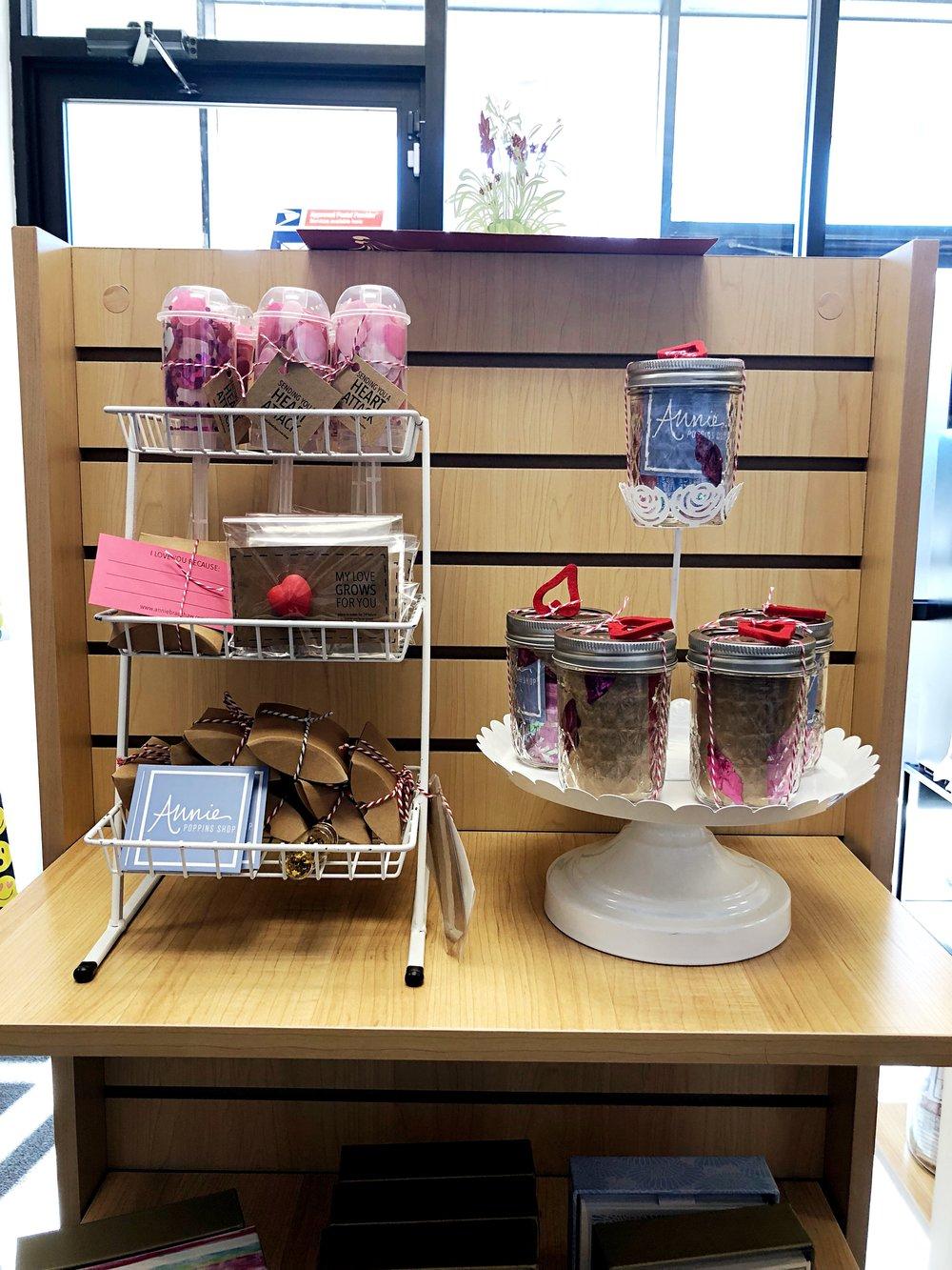 Annie Poppins in a retail store (!!)