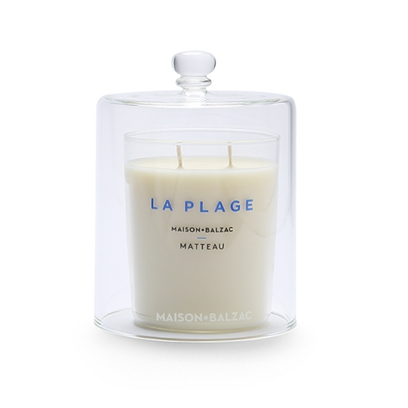 Maison Balzac La Plage  Candle and La Cloche.