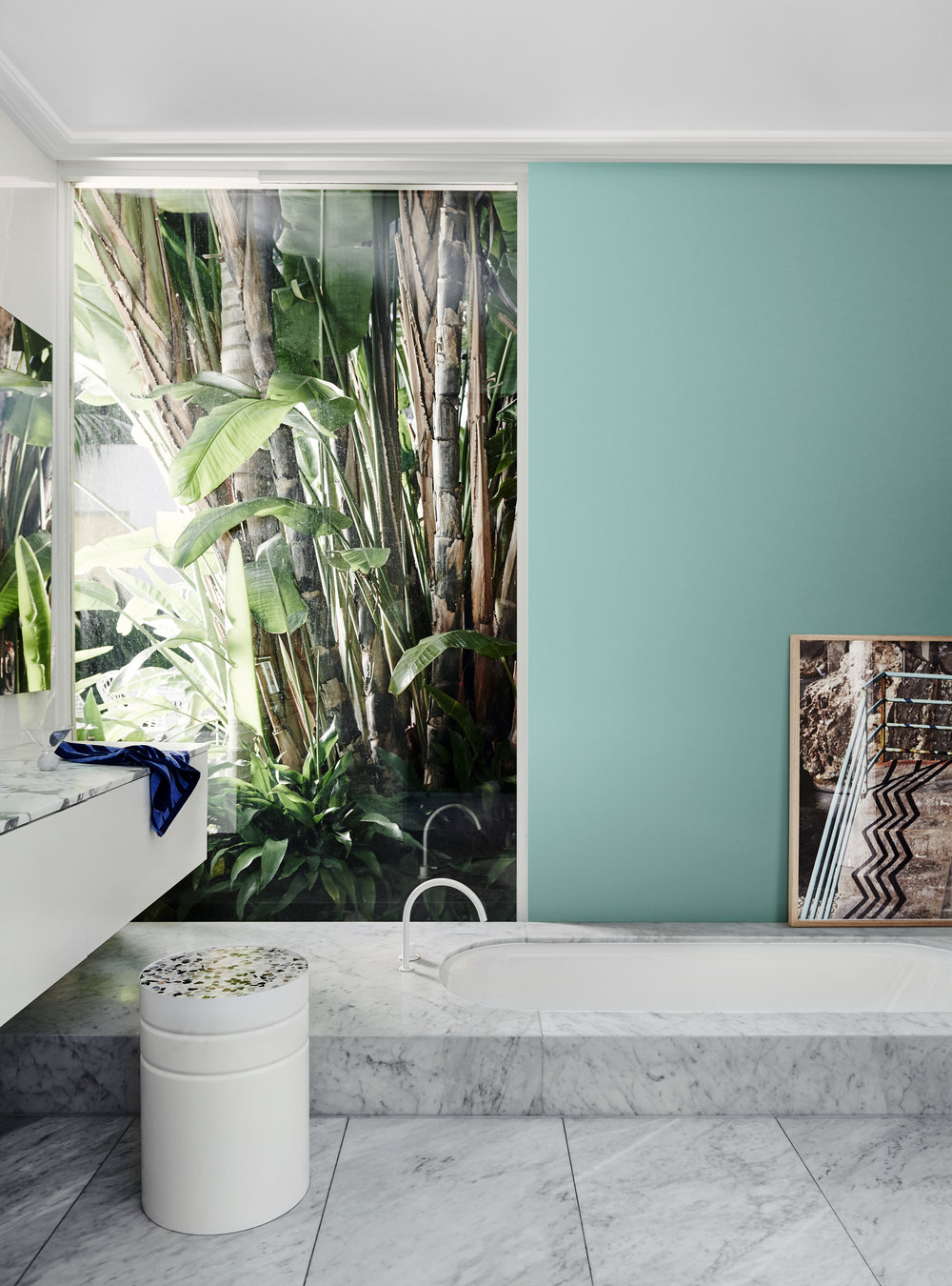 Dulux Colour Trends 2018  - Escapade Palette. Wall painted in Dulux Solution.