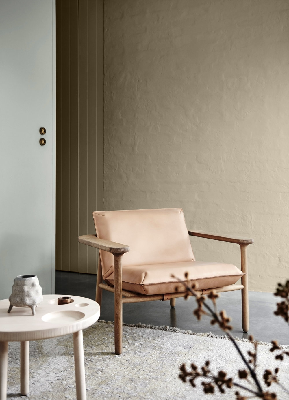 Dulux Colour Trends 2018  –  Essential Palette . Left wall in Dulux Spanish Olive and rear wall in Dulux Gnu Tan.
