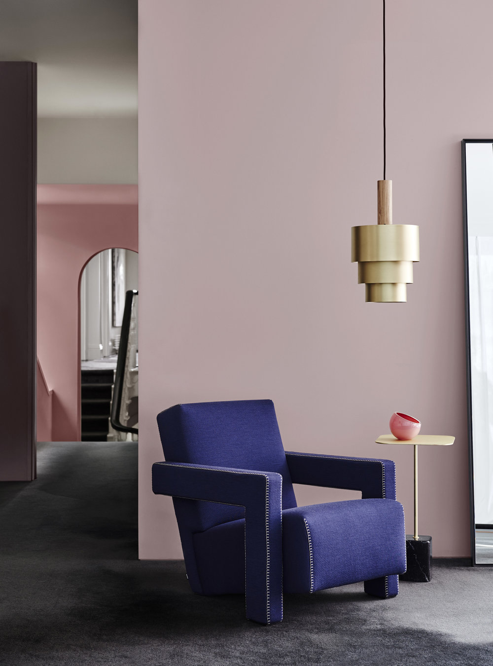 Dulux Colour Trends 2018  – Reflect Palette.Front wall in Dulux Smokey Quartz,Left wall in Dulux Bruised Burgundy and rear wall Dulux Terra Rose