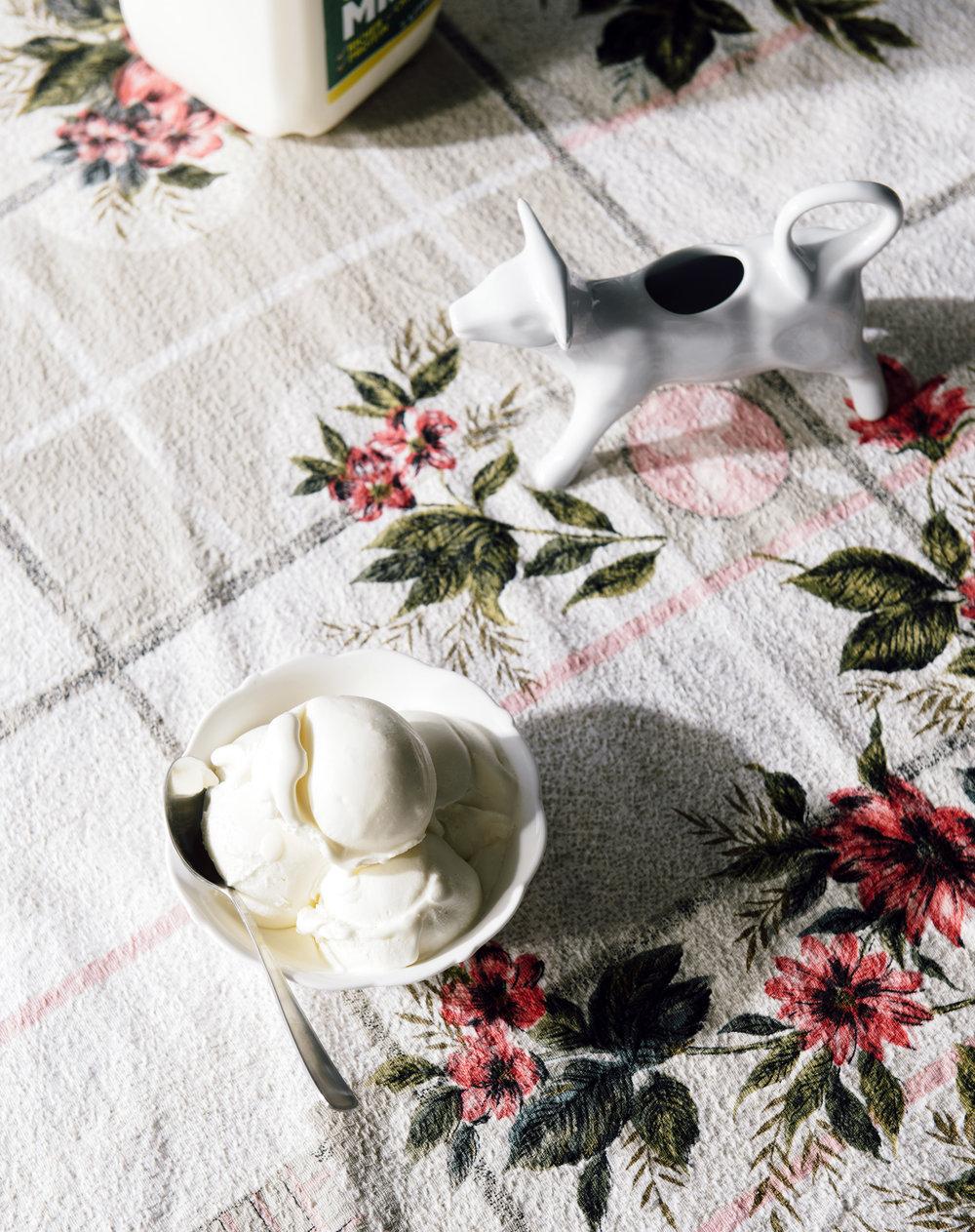 The wonderfully simple Milk Gelato from  Lisa Valmorbida's  new book  Pipapipó .