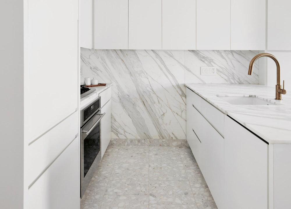 est-living-STADTArchitecture_Chelsea-Pied-a-Terre_Kitchen-6.jpg