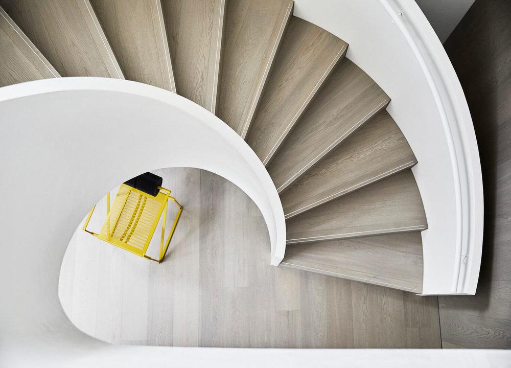 est-living-interiors-aap-residence-mim-design-7.jpg
