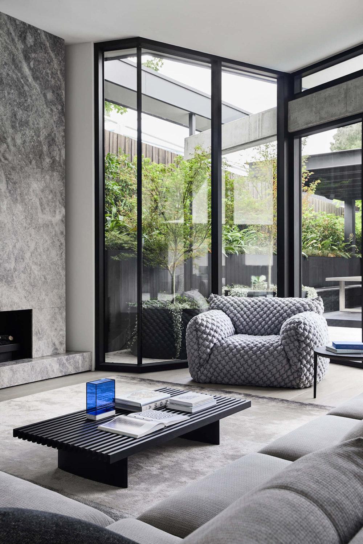 est-living-interiors-aap-residence-mim-design-1-1.jpg