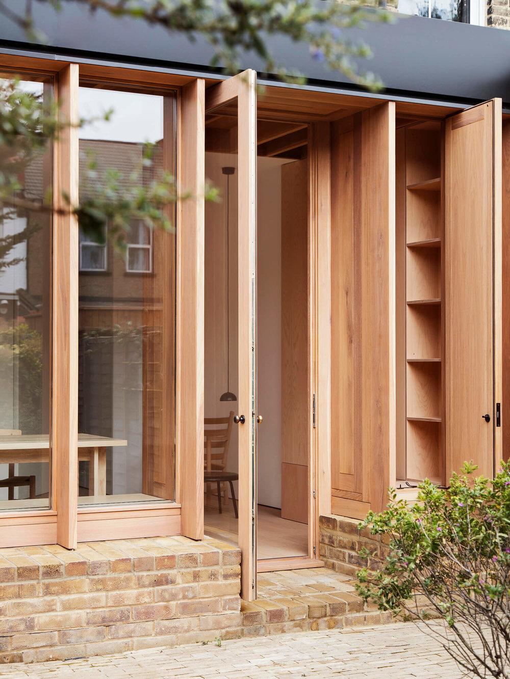 est-living-dewsbury-road-o-sullivan-architects-04.jpg