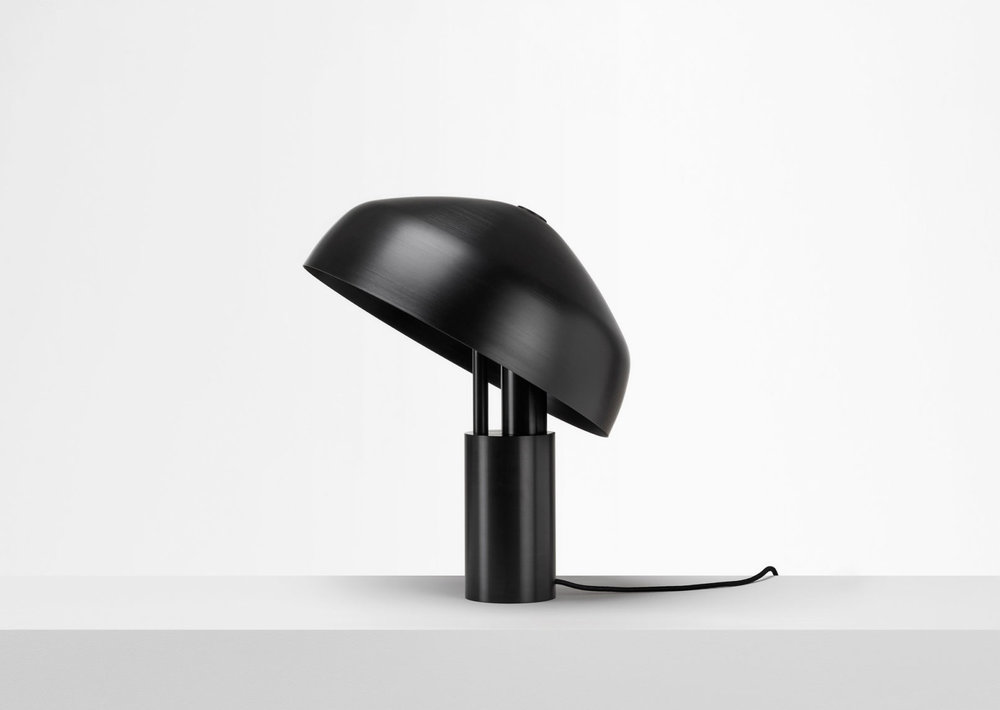 Ora_Desk_Lamp_03-1612x1145.jpg