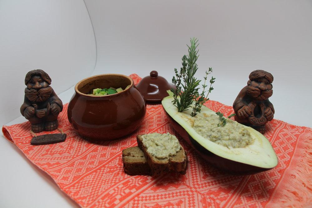 Helena Moore - Top Design Anna Gorshkiy with Borodinskiy Bread and Aubergine Caviar.JPG