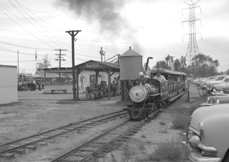 The train at Streamline Park, Pico Rivera. (One of amusement's ugly ducklings.)