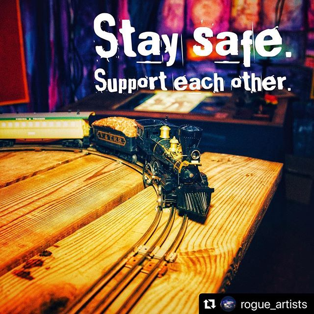 #Repost @rogue_artists with @make_repost ・・・ Sending our love to everyone affected by by the wildfire. The world is unpredictable and scary sometimes, but we know this community comes together. @lafdfoundation is accepting donations to help the efforts of @losangelesfiredepartment if you can spare. Stay safe. #lovela