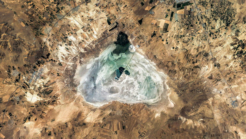 Iran - Markazi - Meyghan Salt Lake - 02.jpg