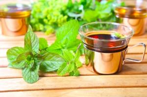 Lemon-Balm-Tea-Pictures.jpg
