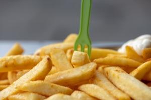 unhealthy-vegetarian-chips.jpg