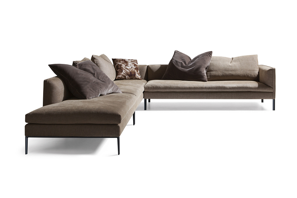 PAUL SOFA Vincent Van Duysen Paul is a set of elegantly proportioned sofas with reassuring lines, elements that emphasise Vincent Van Duysen's expressive rationality. The project includes linear sofas, angular compositions, chaises lounges and islands, all with a single seat cushion.