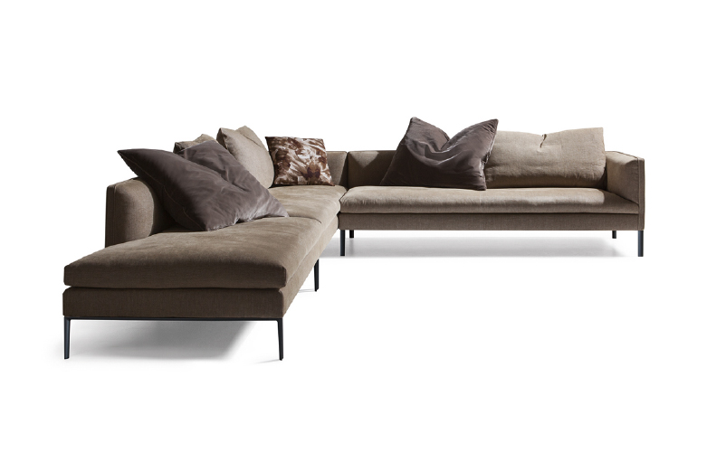 PAUL - MOLTENI&CPaul is a set of elegantly proportioned sofas with reassuring lines, elements that emphasize Vincent Van Duysen's expressive rationality. The project includes linear sofas, angular compositions, chaises longues and islands, all with a single seat cushion.Designer: Vincent Van DuysenRRP: from $8,050