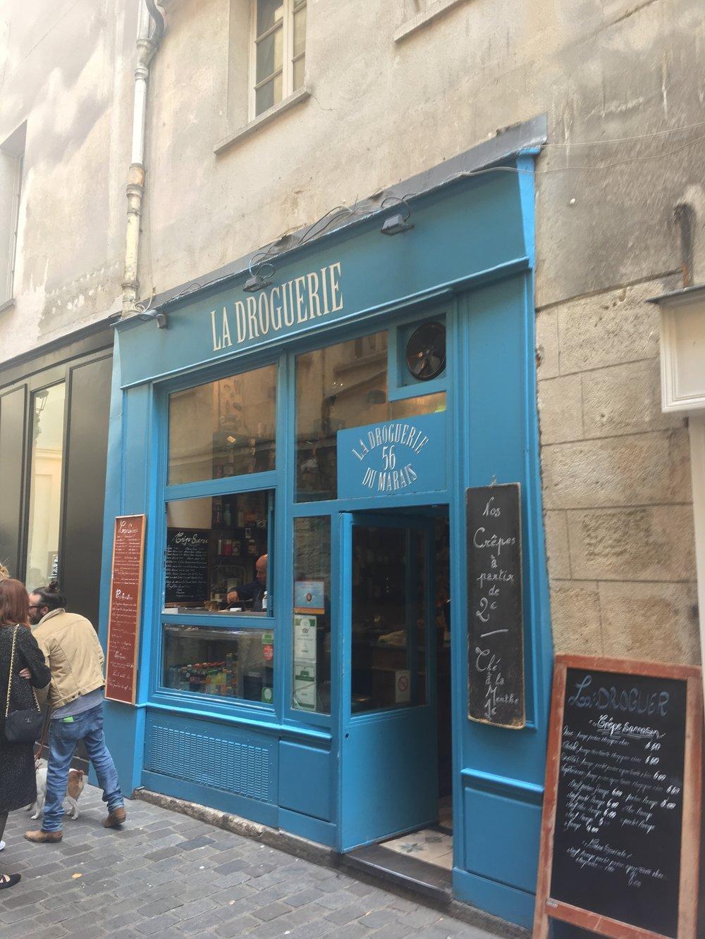 Fresh crêpes at La Droguerie du Marais