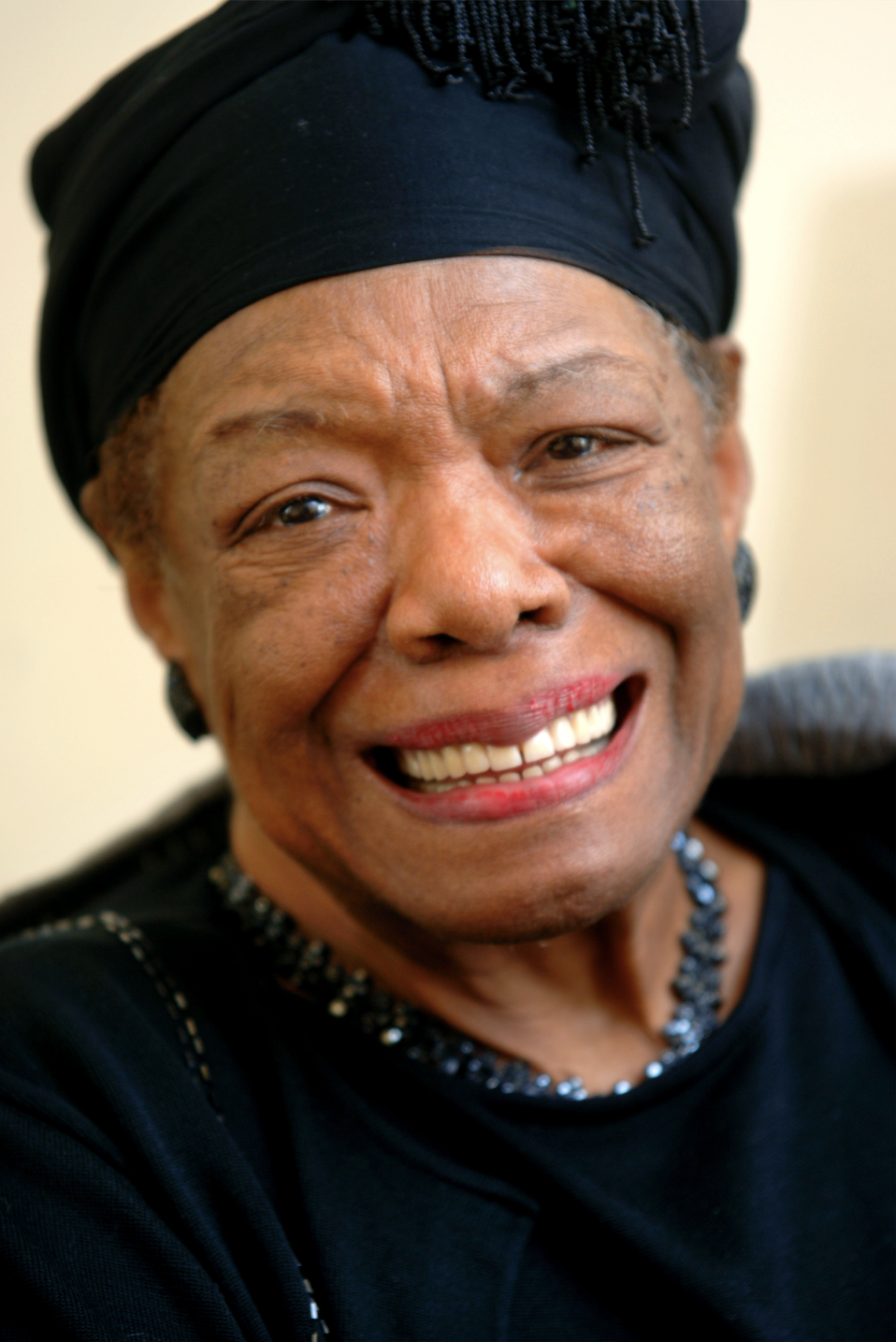 MAYA ANGELOU, 2005. From page 186. COURTESY: SHERRATT, ADRIAN © ALAMY STOCK PHOTO. From the book: Legendary Authors and The Clothes They Wore by  Terry Newman . Text © 2017 by  Terry Newman . Reprinted courtesy of Harper Design, an imprint of HarperCollins Publishers. Disclaimer: this image is only to be used in the context of promoting/marketing  Legendary Authors and the Clothes They Wore and cannot be used for any other purpose.