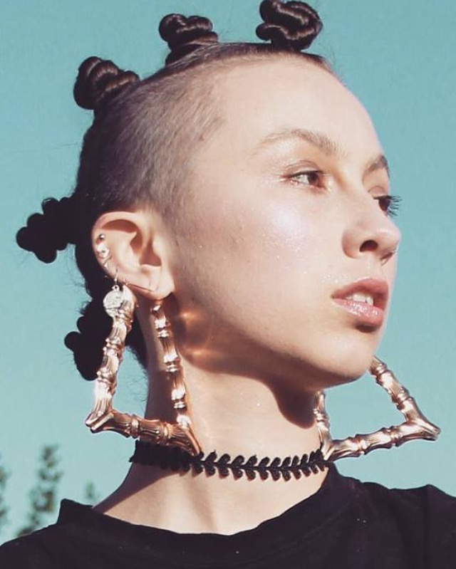 Photographer: Gillian  Model: Gabi'el Sound