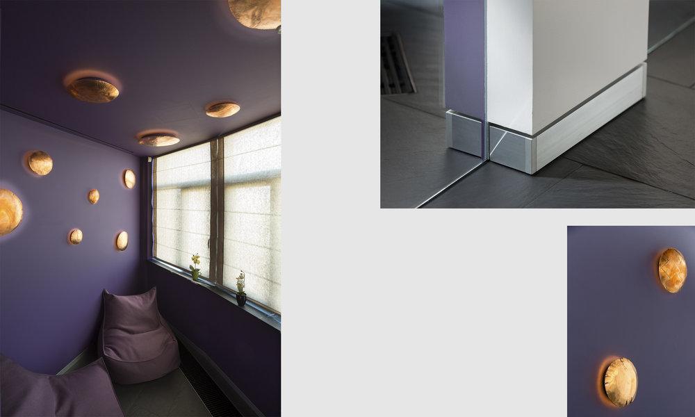 Медные потолочные светильники ручной работы воплощены в темно-сиреневом дизайне балкона. Металический напольный плинтус. Copper ceiling fixtures are handcrafted specially for dark lilac balcony design. Silver metal baseboard molding.